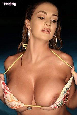 Tanned Big Boobs Porn Pictures